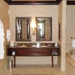 Love a huge well equiped bathroom!