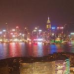 Nachtaussicht von Dachterasse Rtg. Hongkong Island