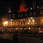 Summer night at Place d'Armes