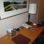 Zimmer (Schreibtisch)