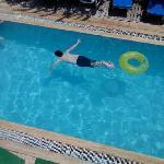 Back pool at Marlin boy swimning (13)