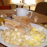 Voyageur breakfast