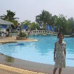 Castle Howchow Beach Resort Hotel Foto