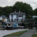 Telford Inn at Trevor Marina,  Llangollen canal