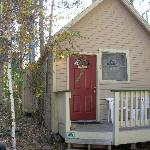 secluded 1 room cottage with kitchenette