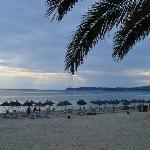 Kamari Beach Hotel : hotel beach