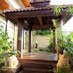 Sala Thai and small garden