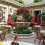 The Breakfast Courtyard