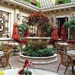 The Breakfast Courtyard
