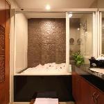 Royal Suite's bathroom
