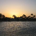 Lagoon between Aladdin and Jasmine