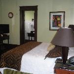 Room 8-Deluxe King