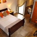 Leopard Corner has three luxury suites complete with large glass showers and spa baths.