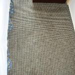 Teppichboden mit vielen Hinterlassenschaften