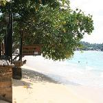 Beach in front of Thaproban