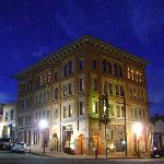 Victor Hotel at night