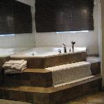 bain à remous dans la chambre