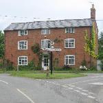 the center of Dorsington