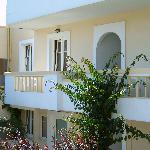 Balkone vor den Zimmern