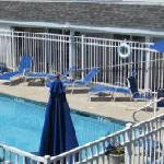 hampton beach pool at ships inn hotel