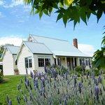 Margate Cottage Affordable Luxury Accommodation - Hobart Region