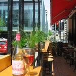 la terrasse / the patio