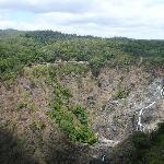 絶景の中の滝