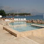 piscine vue sur mer