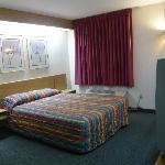 Bedroom, Rodeway Inn Bozeman