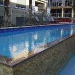 Swimming pool & hot spa