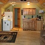 Bentler's Bear Paw Inn-cozy apartment