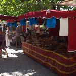 market day at Loumarin