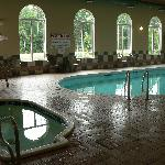 Pool and whirlpool area at Days Inn Suites Thunder Bay