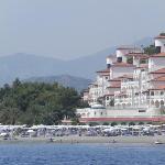 Hotelanlage vom Meer aus