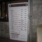 Rossi's Pizeria Prices