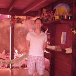 Leseecke mit Hängematte im Innenhof der Pousada