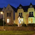 Menai Bank Hotel - at night