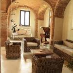 Luxury Tuscany villa rental Podere al Salcio - Main house living