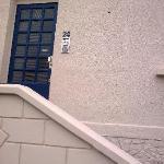 Main entrance to Hotel door locked