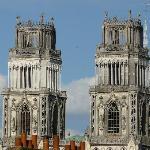 Cathédrale d'Orléans vue de l'hôtel