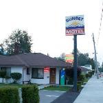 sunset motel 2