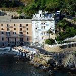 hotel di charme, direttamente sul mare con  piscina