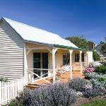 Margate Cottage Beautiful Accommodation-Hobart Region .jpg