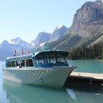 Boat docked at Spirit Island