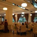 Une des salles du restaurant principal