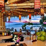 Rocky's Beach Bar