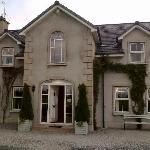 greygable house