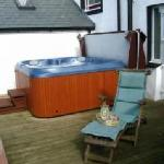 Relax in the hot tub and infra-red sauna