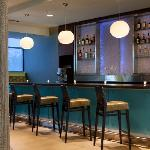 SpringHill Suites Orlando at Seaworld Bar