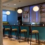 SpringHill Suites Orlando at Seaworld Bar